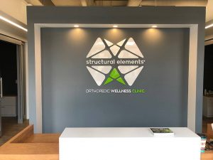 custom indoor lobby signs and graphics